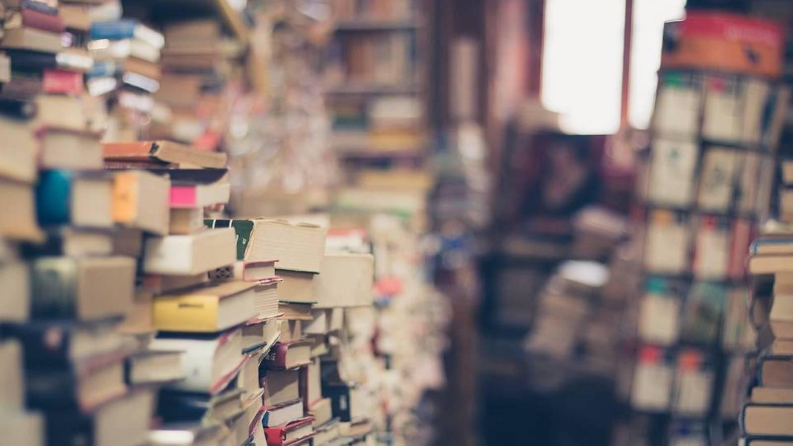 en-que-contenedores-reciclar-libros